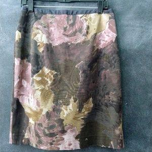 LOFT | Rose Watercolor Print Pencil Skirt Size 4